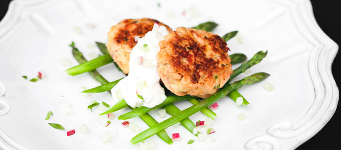 Salmon Cakes with Cucumber Radish Sauce