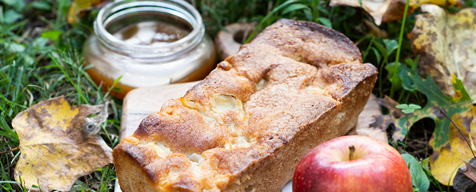 Virginia Apple Cake