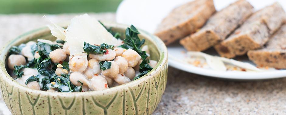Creamy Braised White Beans & Kale